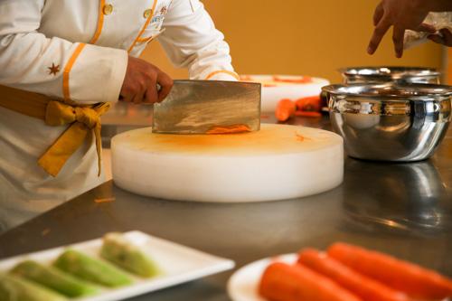 一般小饭店厨师工资多少钱