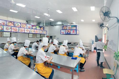 四川广元职业高级中学北方钓鱼台