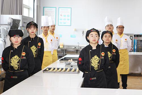 有没有可以学厨师的中职学校