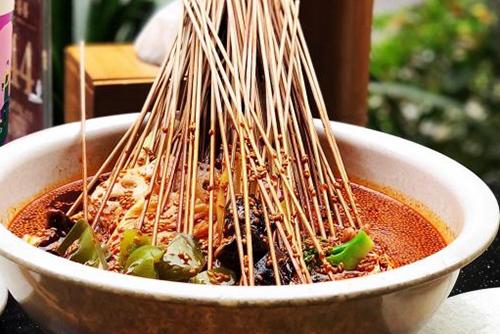 钵钵鸡藤椒汤料配方