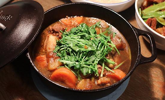 西北年夜饭之羊肉砂锅煲