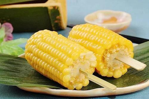 如何煮出软糯的玉米?
