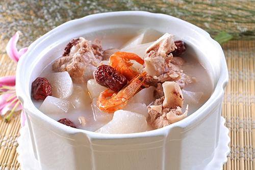 猪骨汤炖出汤鲜味美,那也是有技巧的