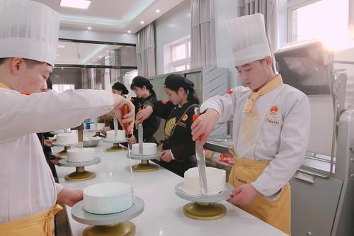 成都北方钓鱼台烹饪学校怎么在志愿上报名