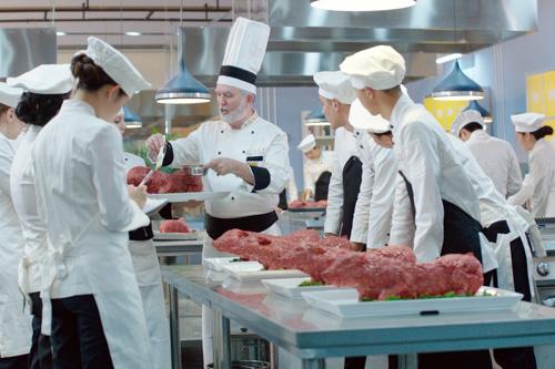 成都北方钓鱼烹饪学校出来包分配不