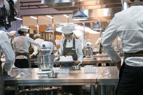 北方钓鱼台烹饪学校面点专业有短期班吗